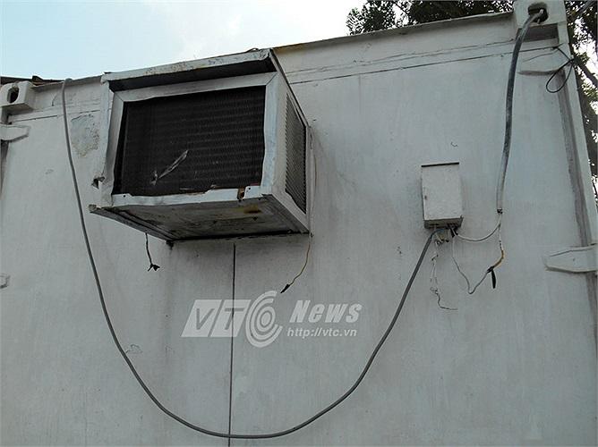 Những thiết bị tại văn phòng điều hành khu vực bị quy hoạch treo - KCN Sóng Thần 3