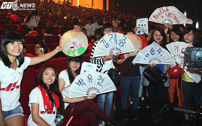 Các fan JYJ rất lịch sự và cho thấy fan VN hoàn toàn có thể theo dõi các thần tượng một cách có văn hóa.