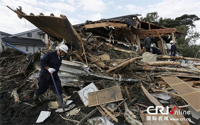 Cơn bão mạnh nhất một thập kỷ Wipha đổ bộ vào Tokyo gây thiệt hại lớn về người và tài sản