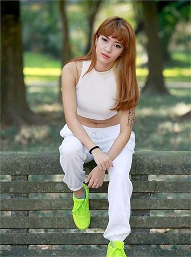 Sinh năm 1993, Hana Giang Anh hiện đang là sinh viên trường Đại học Kinh tế quốc dân