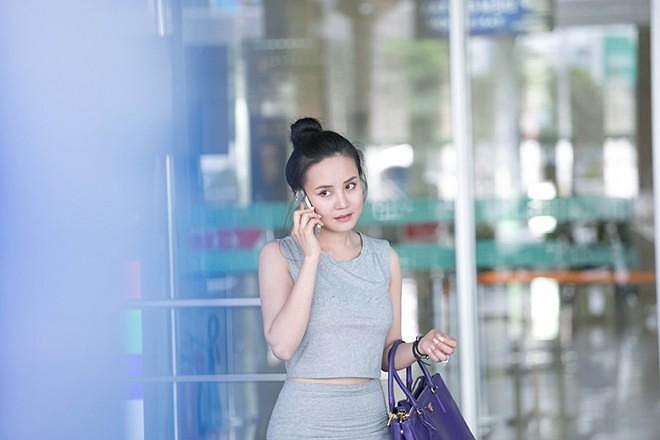 Sau một số hit, Vy Oanh khá im ắng trong sự nghiệp âm nhạc.