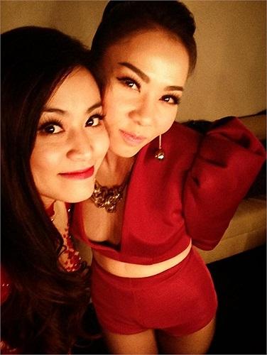 Hoàng Thùy Linh cùng đàn chị Thu Minh thực hiện chuyến lưu diễn ở Úc.