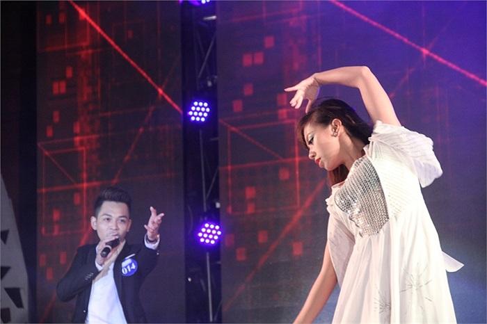 Giọng ca đẹp của Lê Minh Đức. Đức được ban giám khảo đánh giá tốt bởi hát rất rõ lời, xử lý bài tốt