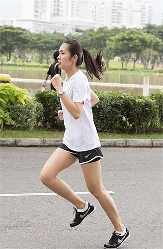 Tăng Thanh Hà đã cùng Phillip Nguyễn, dream team và Rub Club Saigon luyện tập.