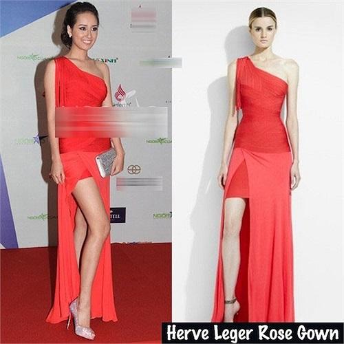 Váy đỏ quý phái của Herve Leger có giá 1.959 bảng Anh (59 triệu đồng) được kết hợp đôi giày đính đá của Christian Louboutin.