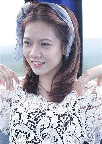 Xinh đẹp, tươi sáng với nụ cười hút mắt, Phương Khanh nhanh chóng lọt vào mắt nhà tuyển dụng.