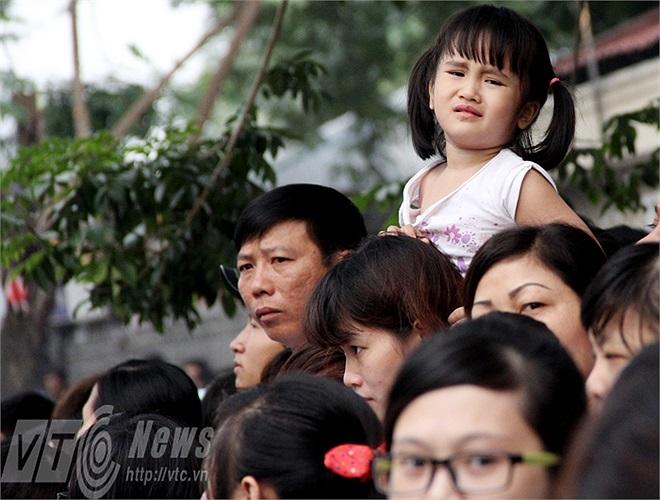 Nối buồn ấy không chỉ những người từng đi qua chiến tranh cảm nhận được mà ngay những đứa trẻ cũng có những cảm xúc tự nhiên về Đại tướng.