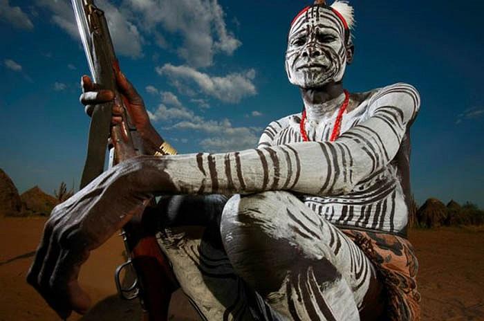 Thung lũng Omo của đất nước Ethiopia, châu Phi, là nơi nhiều bộ tộc lựa chọn làm nơi sinh sống.