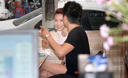 Đặc biệt là Tuấn Hưng đã chọn Ngân Khánh làm bạn diễn trong MV mới.