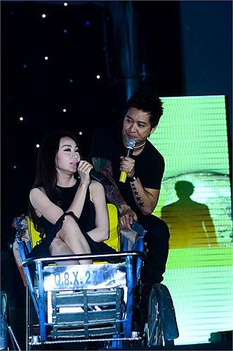 Trên sân khấu ca nhạc thời gian sau đó, hình ảnh của cặp đôi này xuất hiện khá nhiều.
