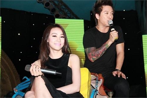 Hoặc Ngân Khánh trở thành khách mời trong các show của Tuấn Hưng.