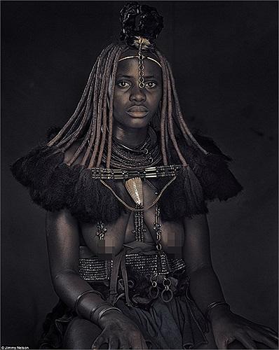 Mặc dù liên tục bị đe dọa cuộc sống do các dự án thủy diện trên sông Kunene nhưng người Himba vẫn tiếp tục sinh tồn đến ngày nay