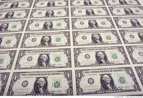 Theo thống kê mới nhất của FED, có khoảng 8,6 tỷ đồng 100 USD đang lưu hành, chiếm giá trị khoảng 75% tổng số tiền hơn 1 ngàn tỷ USD đã đưa ra thị trường và hầu hết nằm ngoài biên giới nước Mỹ.