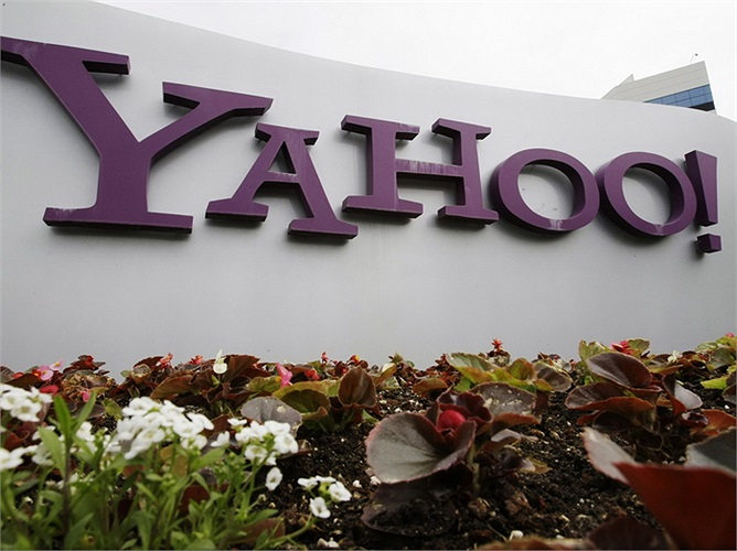 Yahoo: Lương trung bình 130.312 USD/năm. Toàn bộ các dịch vụ của Yahoo đều có sự đóng góp không nhỏ của kỹ sư phần mềm, vì vậy chính sách đãi ngộ cao là điều không quá khó hiểu.