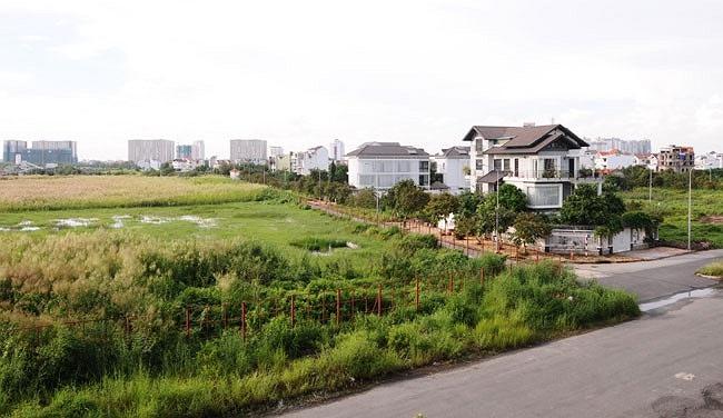 Khu đất này được thế chấp cùng với nhiều tài sản khác của công ty tại Pleiku để làm tài sản bảo đảm cho khoản vay 22 tỷ đồng từ ngân hàng Công thương - chi nhánh Gia Lai.