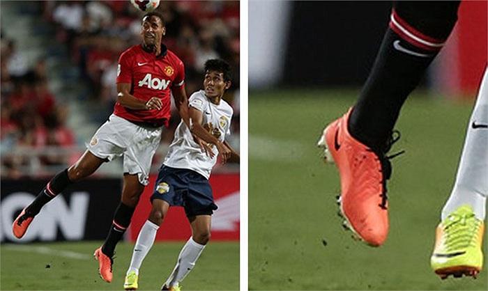 Rio Ferdinand và Wayne Rooney đã từng sử dụng loại giày này