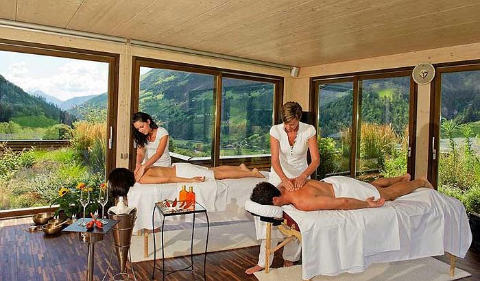 Ngoài tập luyện, Merano Andreus cũng nổi tiếng bởi các dịch vụ chăm sóc sức khỏe như spa