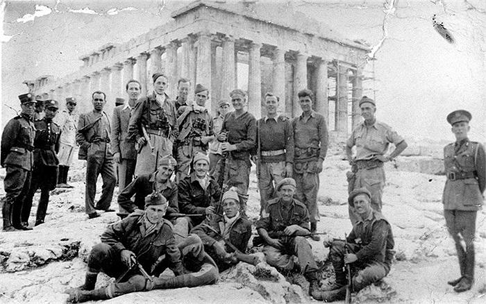 Các binh sĩ SBS trong chuyến 'du lịch' đặc biệt quanh Hy Lạp, vừa đi vừa làm nhiệm vụ