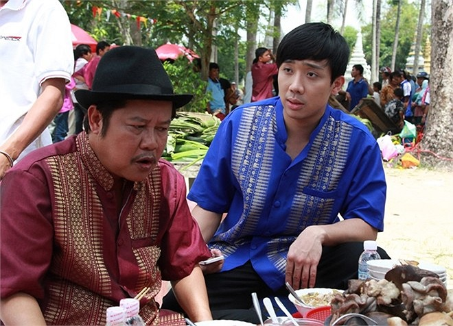'Hai Lúa' là bộ phim hài Tết 2014, kể lại câu chuyện của người nông dân chân chất, vì hoàn cảnh trái ngang buộc phải dấn thân làm một cuộc phiêu lưu bất đắc dĩ.