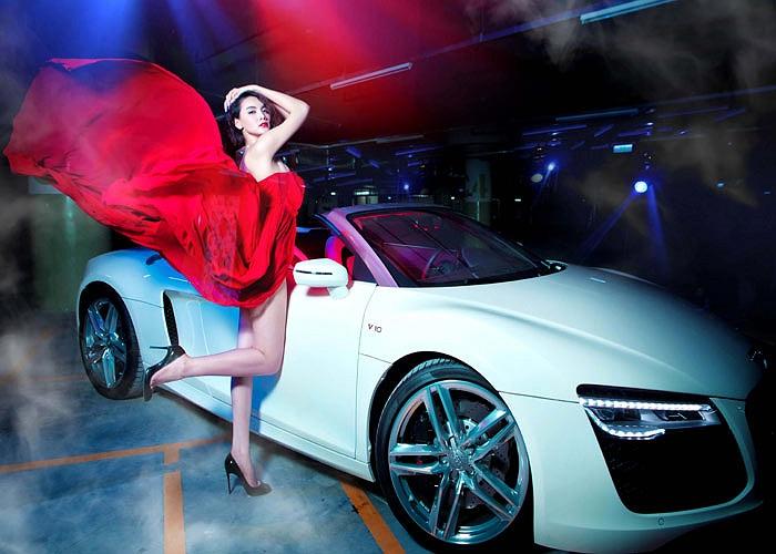 Người đẹp này thường xuyên xuất hiện bên những chiếc xe hạng sang của Audi