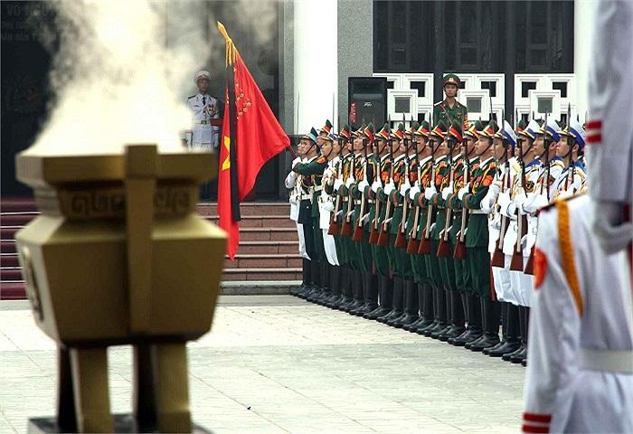 Sáng 13/10, Lễ truy điệu Đại tướng Võ Nguyên Giáp diễn ra trọng thể tại Nhà tang lễ Quốc gia.