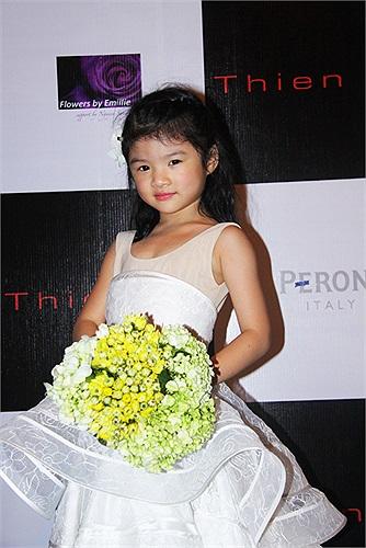 Đây là lần đầu tiên trình diễn trên sân khấu lớn nhưng Bảo Tiên rất tự tin.