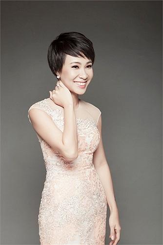 Bước ra từ Vietnam Idol. Cô gái quán quân ngày nào nay đã hoạt động âm nhạc chuyên nghiệp một cách thực thụ.