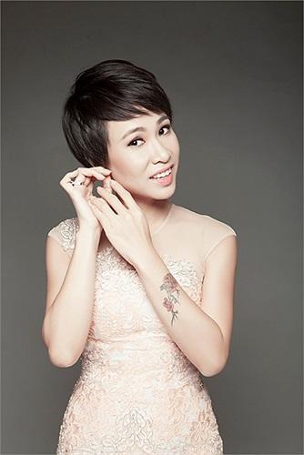 Uyên Linh liên tục được đứng chung sân khấu với những diva hàng đầu Việt Nam.