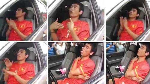 Đáng nói, là Huy Hoàng 'phê' trong bộ đồng phục của ĐT Việt Nam. Sau scandal này, uy tín của Huy Hoàng giảm sút nghiêm trọng. (Tiểu Hàn)