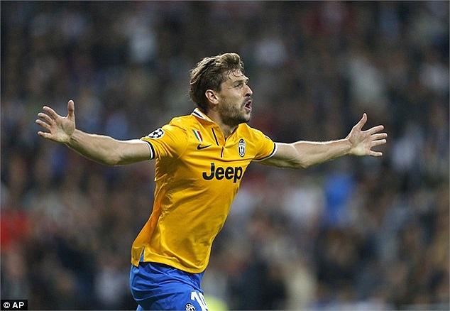 Phút 23, Fernando Llorente quân bình tỷ số 1-1 cho Juvetus.