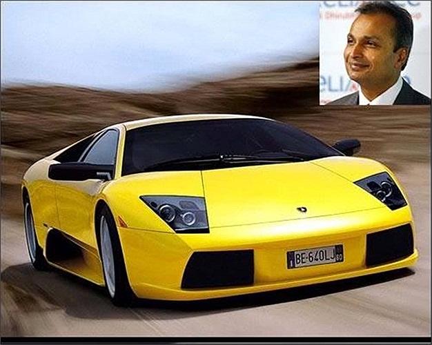 Người đàn ông giàu nhất Ấn Độ không chỉ sở hữu một biệt thự tỷ đô có tên Antilla ở Mumbai, mà còn có một bộ sưu tập đáng kinh ngạc khoảng 168 chiếc xe hơi với Bentley, Maybach, Bugatti, Mercedes, Porsche.