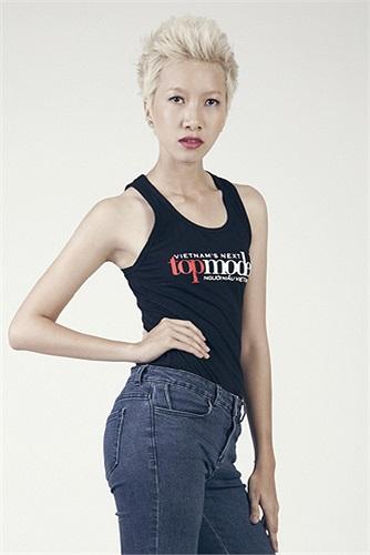 Phan Thị Thùy Linh đã gây ấn tượng mạnh ngay vòng đầu tiên của vòng sơ tuyển Vietnam's Next Top Model 2013 bởi mái tóc được cắt ngắn, cùng với phong cách thời trang tomboy đầy cá tính.