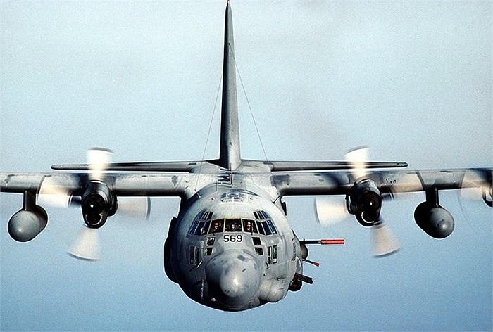 Vận tải cơ vũ trang chiến lược C-130, quái vật chết chóc với hệ thống vũ khí từ súng máy 7.62mm cho đến pháo 15mm
