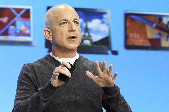 Steve Sinofsky: Cựu giám đốc bộ phận Windows của Microsoft, người đã bất ngờ rời bỏ hãng vào năm ngoái do bất đồng với Steve Ballmer.