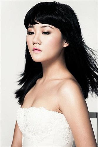 Văn Mai Hương trong ngày ra mắt album mà cô đầu tư tâm huyết từ lâu.