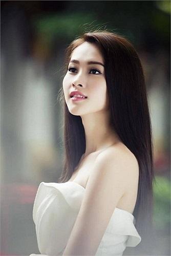 Hoa hậu Thu Thảo đẹp, trong sáng.