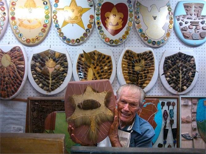 Bộ sưu tập 1.100 chỗ ngồi toilet của Barney Smith trong suốt 40 năm qua ở San Antonio, Texas, Mỹ
