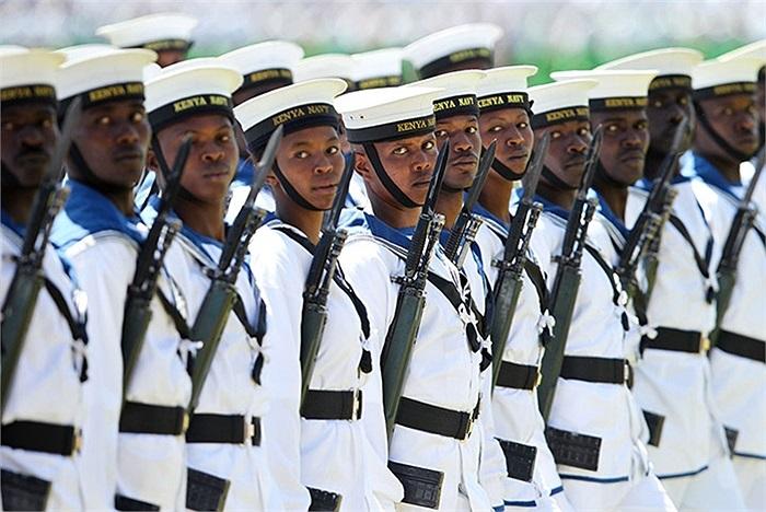 Các binh sĩ lực lượng vũ trang Kenya