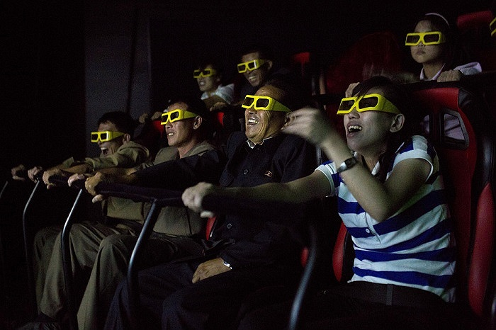 Khán giả Triều Tiên thích thú khi xem một bộ phim 3D tại công viên Rungna People's Pleasure, Bình Nhưỡng