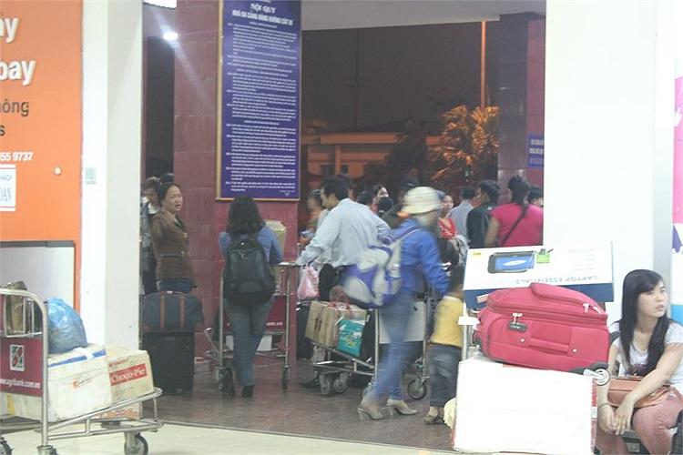 Hàng khách chia sẻ trên trang cá nhân của mình, sau chuyến bay của Jetstar hôm 30/3 'hiểu cảm giác đôi lúc tiền không mua được gói mì tôm...'(Ảnh độc giả cung cấp)
