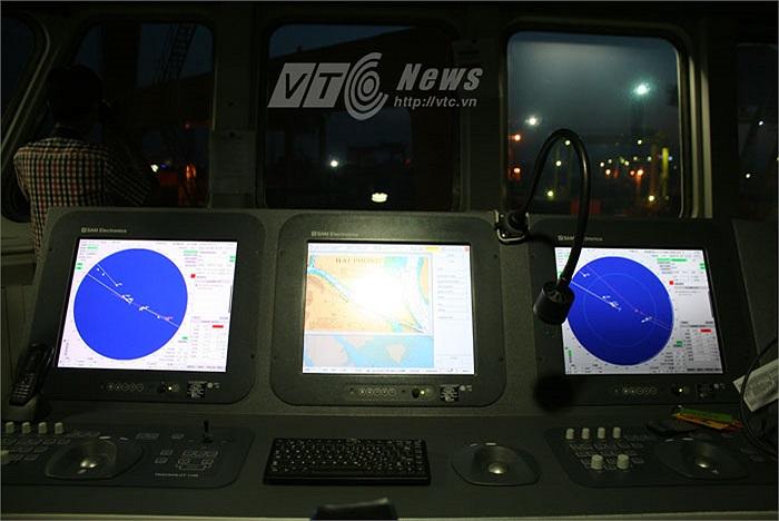 Trang bị bệ thống định vị GPS hiện đại