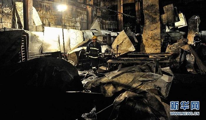 Tân Hoa Xã cho hay khoảng 100 công nhân đã may mắn thoát ra ngoài khi xảy ra hỏa hoạn