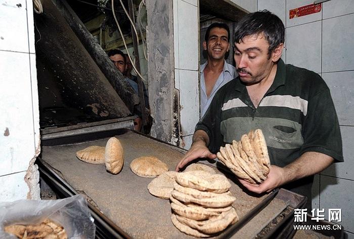Bên trong một tiệm bánh ở thủ đô Damascus hôm 4/9