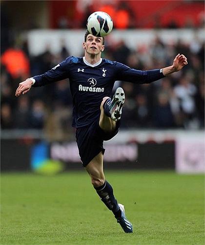 Gareth Bale, đá bóng hay múa ballet