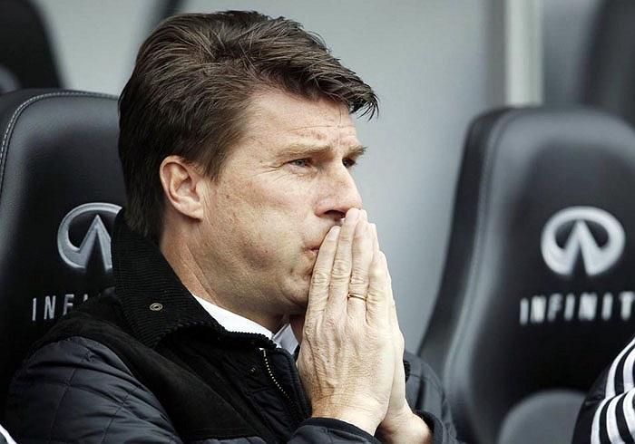 HLV của Swansea, Michael Laudrup cầu nguyện cho Gareth Bale chấn thương