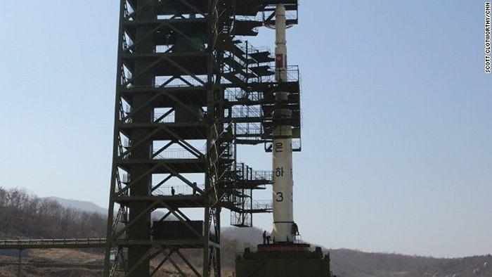 Tên lửa tầm xa Unha III của Triều Tiên