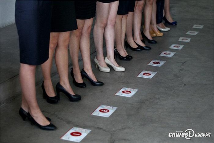 Từng ứng viên được đánh số thứ tự