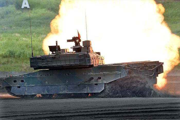 Xe tăng chủ lực Kiểu 10 của Lực lượng tự vệ mặt đất Nhật Bản phô diễn khả năng