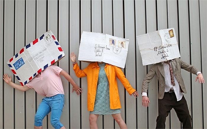 Hình ảnh những chiếc bì thư cổ trong lễ hội Dublin Fringe ở Ailen