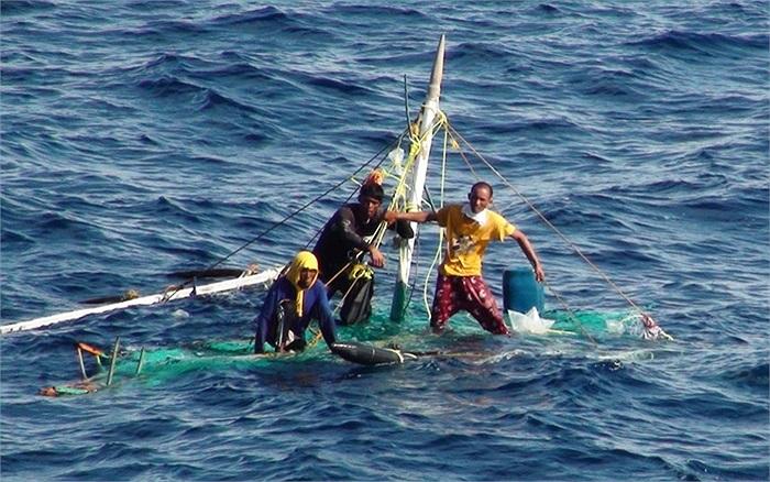 3 ngư dân Philippines được cứu sống trên biển Đài Loan, Trung Quốc